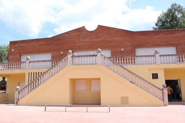 Labustia, piscina castellvi