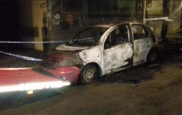 La Bustia crema un cotxe i contenidors Olesa