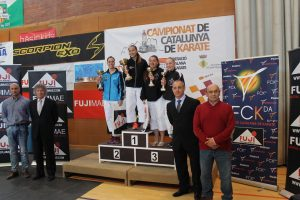 La Bustia podi femeni campionat Catalunya karate Esparreguera