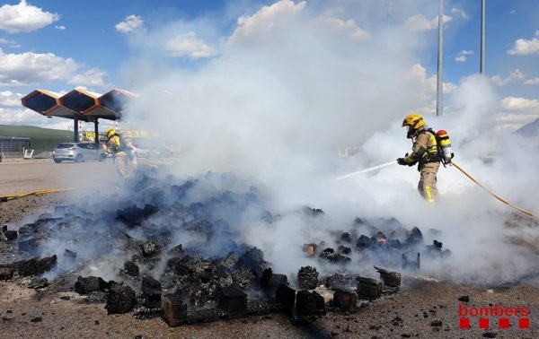La Bustia Bombers incendi AP7 Martorell