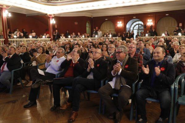La Bustia presentacio assistents Enric Llorca PSC Sant Andreu