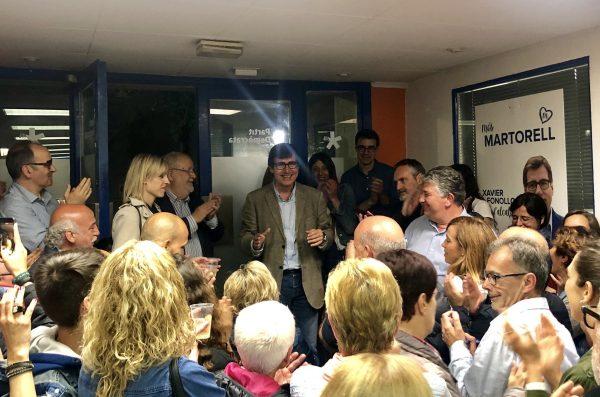 La Bustia celebracio victoria 26M Fonollosa Junts per Martorell