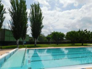 La Bustia activitats piscina estiu Abrera