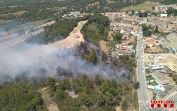 La Bustia incendi bombers Sant Joan Masquefa