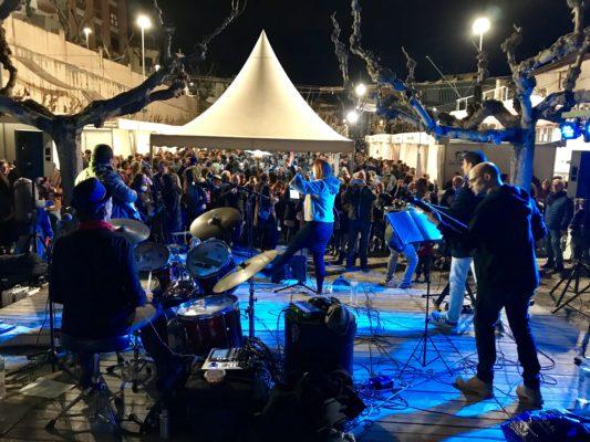 La Bustia public concert Beat Road Funifira Gelida