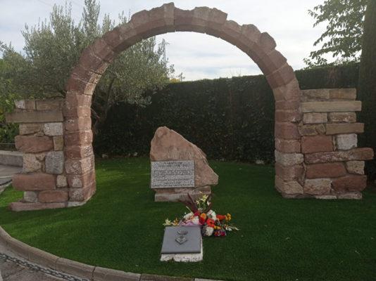 Olesa - La Bustia - cementiri can singla