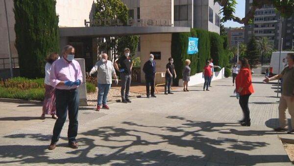 La Bustia hotel medicalitzat alcalde i regidors