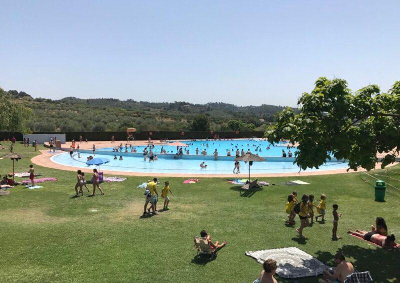 La Bustia piscina estiu Olesa