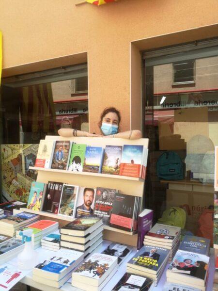 La Bustia Sant Jordi estiu llibreria Nuria Olesa
