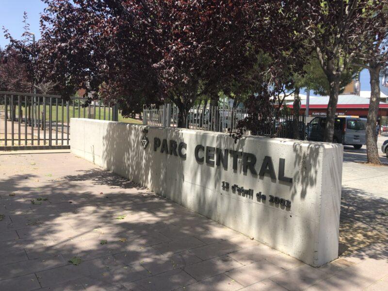 La Bustia parc central acte homenatge victimes covid19