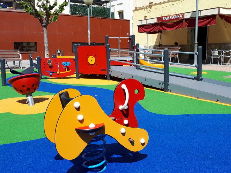 La Bustia parc infantil Esparreguera