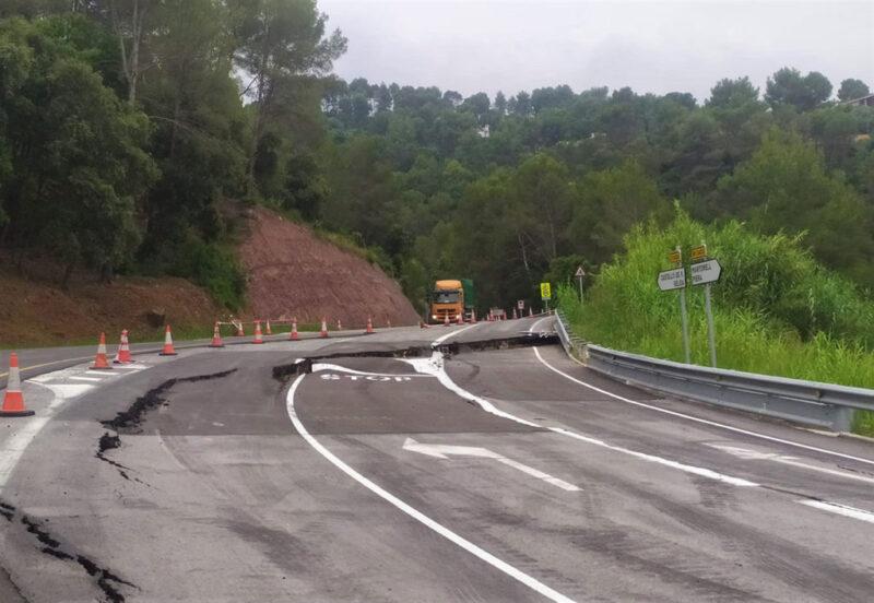 La Bustia desperfectes carretera Castellvi