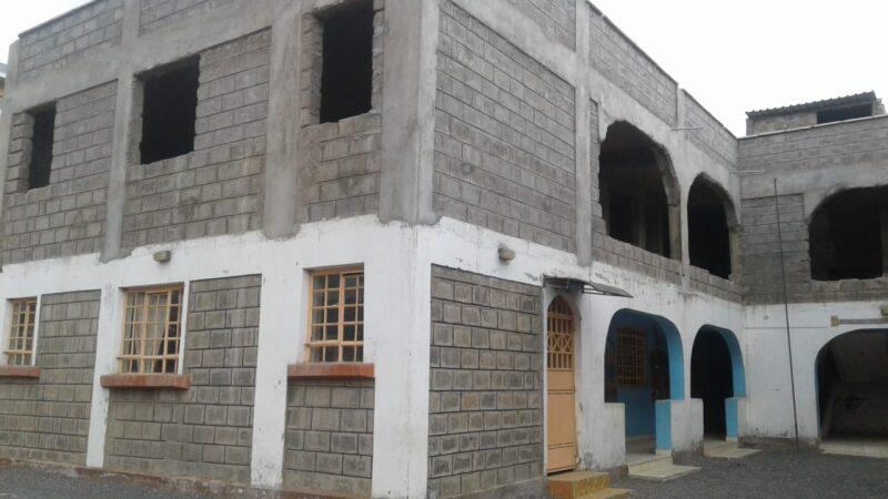 La Bustia escola kenya obres