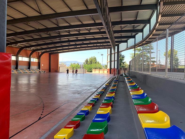 La Bustia reforma pista coberta Sant Esteve graderia