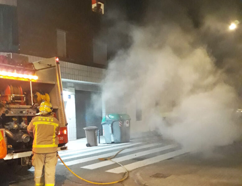 La Bustia incendi contenidor 21 novembre 2020 Olesa