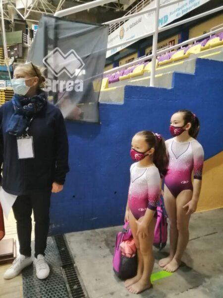 La Bustia Aina Vazquez i Jana Garcia E