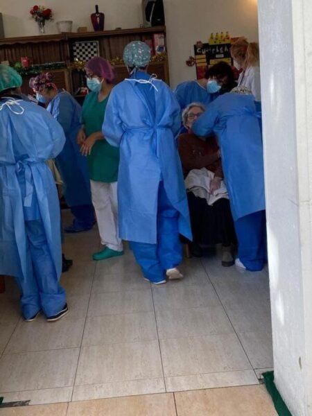 La Bustia vacunacio Olesa (2)