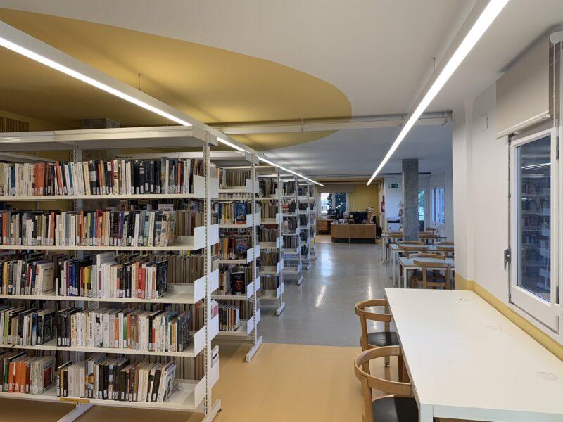 La Bustia biblioteca Sant Esteve