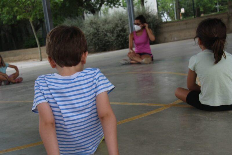 La Bustia infants activitat extraescolar