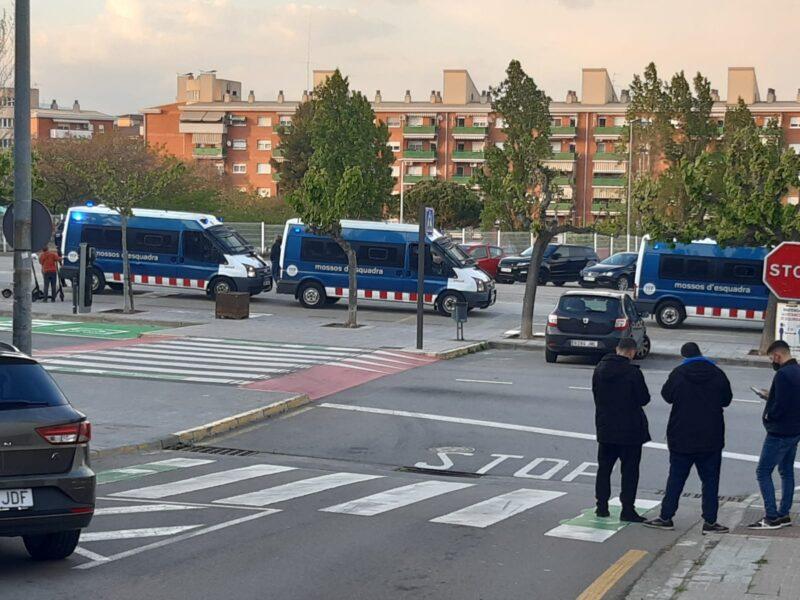 La Bustia Policia Local Mossos Sant Andreu