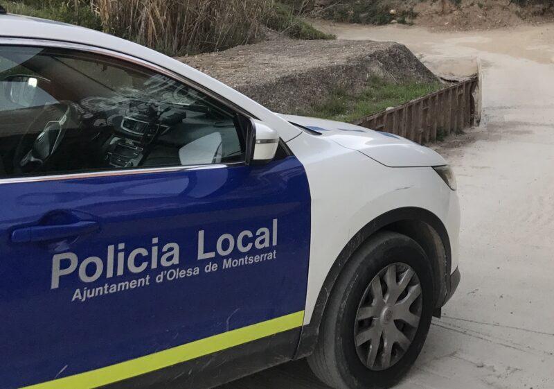 La Bustia cotxe Policia Local Olesa