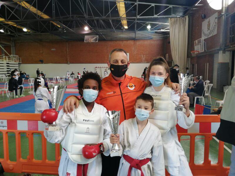 La Bustia gimnas Stylo Karate Esparreguera