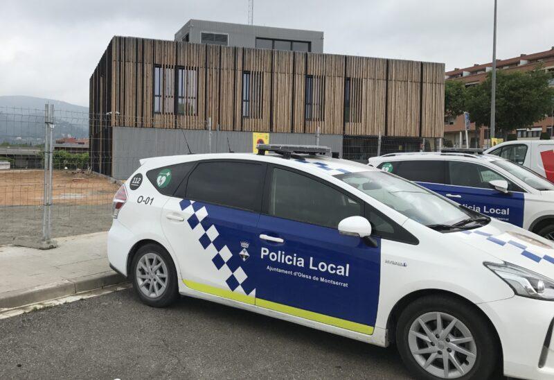La Bustia vehicles i comissaria Policia Local Olesa