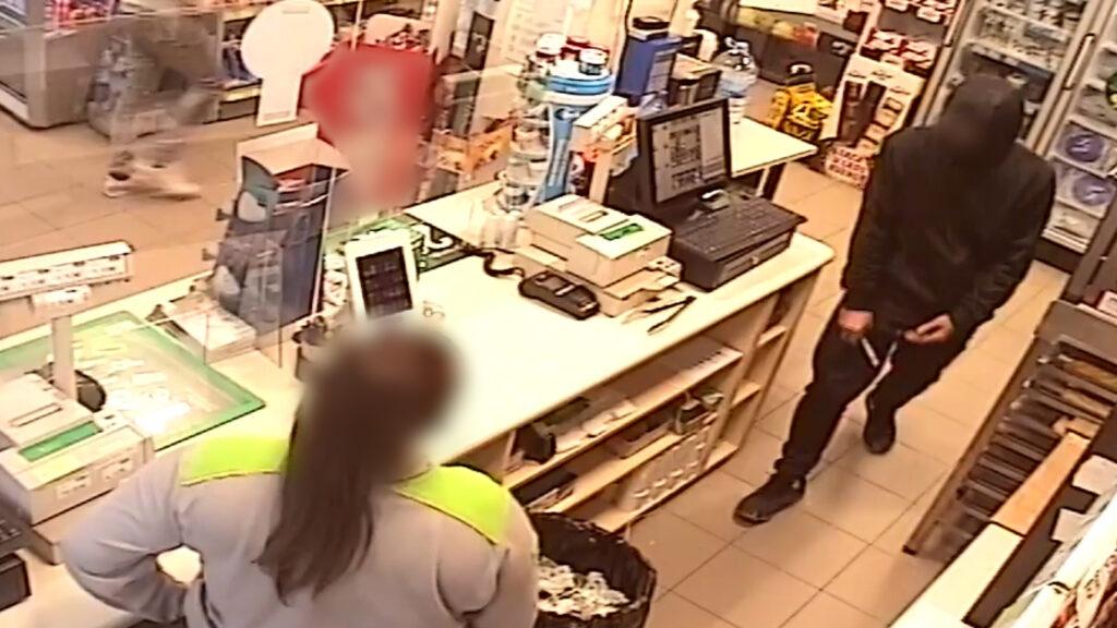 La Bustia detinguts benzinera Esparreguera