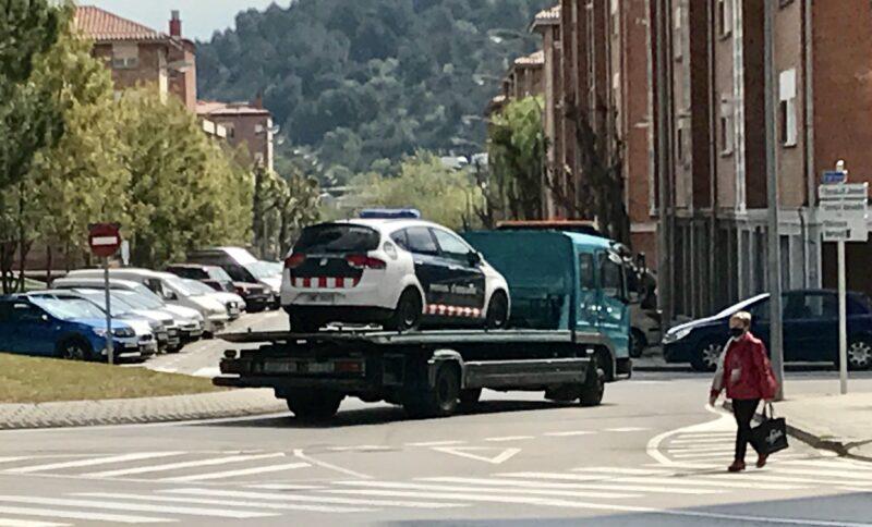 La Bustia grua vehicle mossos Martorell