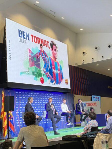 La Bustia presentacio Eric Garcia Barça (3)