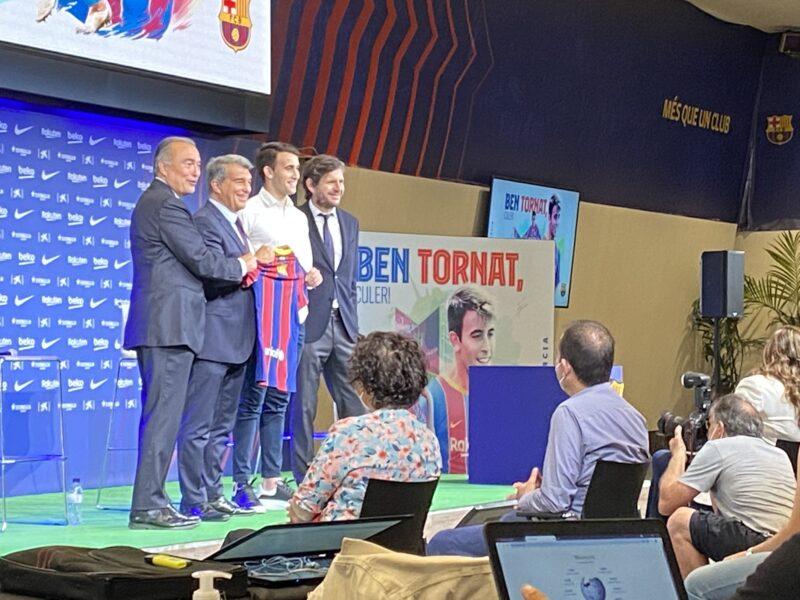 La Bustia presentacio Eric Garcia Barça (6)