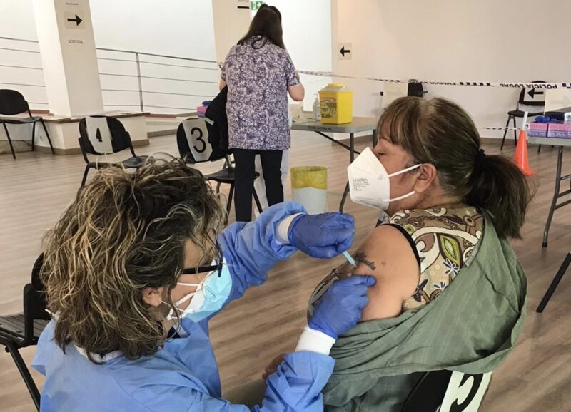La Bustia vacunacio Centre Cultural Martorell
