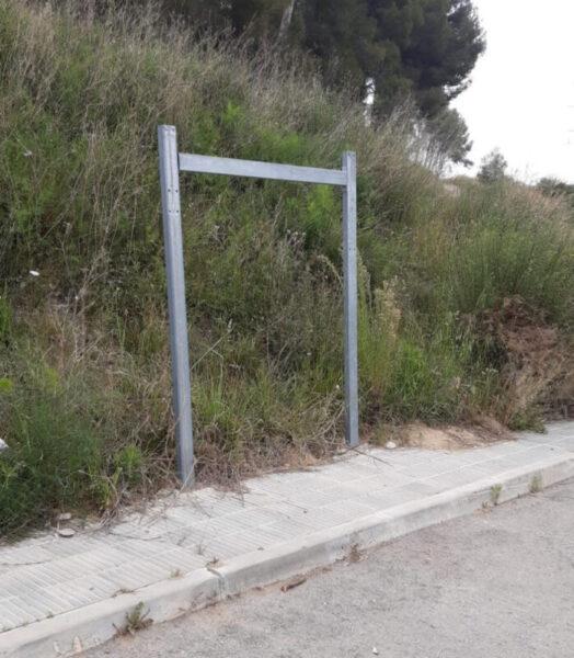 La Bustia vandalisme Abrera (3)
