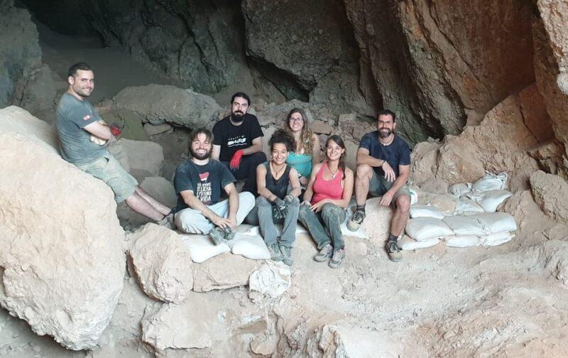 La Bustia campanya arqueologica Collbato (1)
