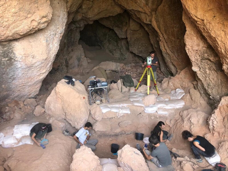 La Bustia campanya arqueologica Collbato (2)