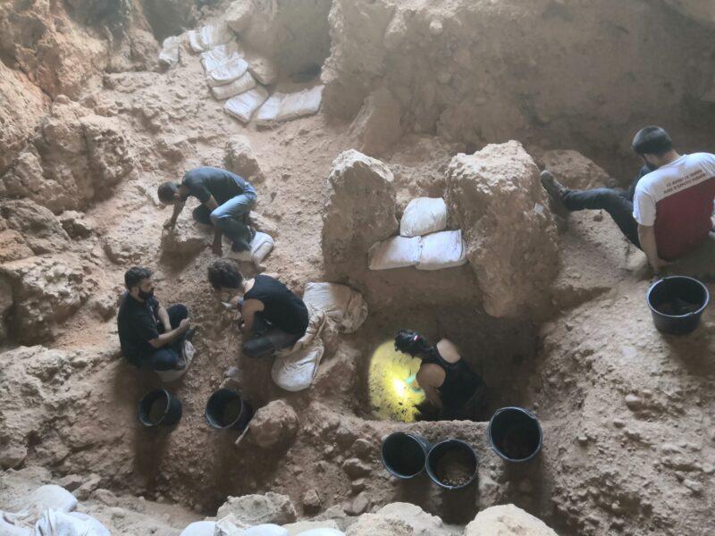 La Bustia campanya arqueologica Collbato (4)
