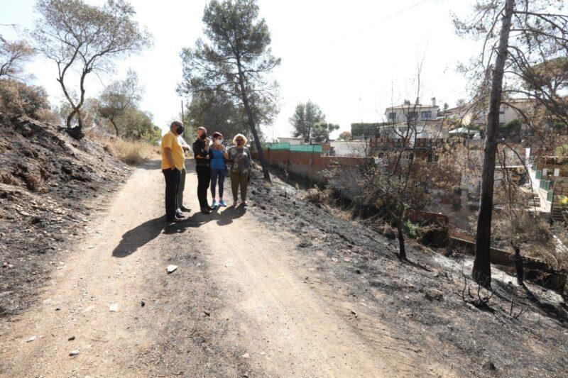 La Bustia diputats alcaldes regidors visita 17 juliol incendi Castellvi Martorell 3