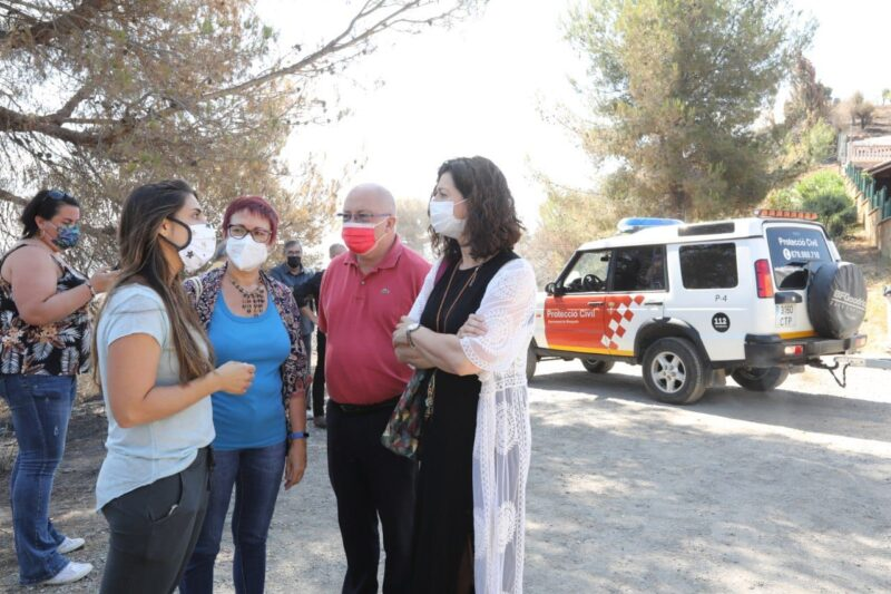 La Bustia diputats alcaldes regidors visita 17 juliol incendi Castellvi Martorell 4