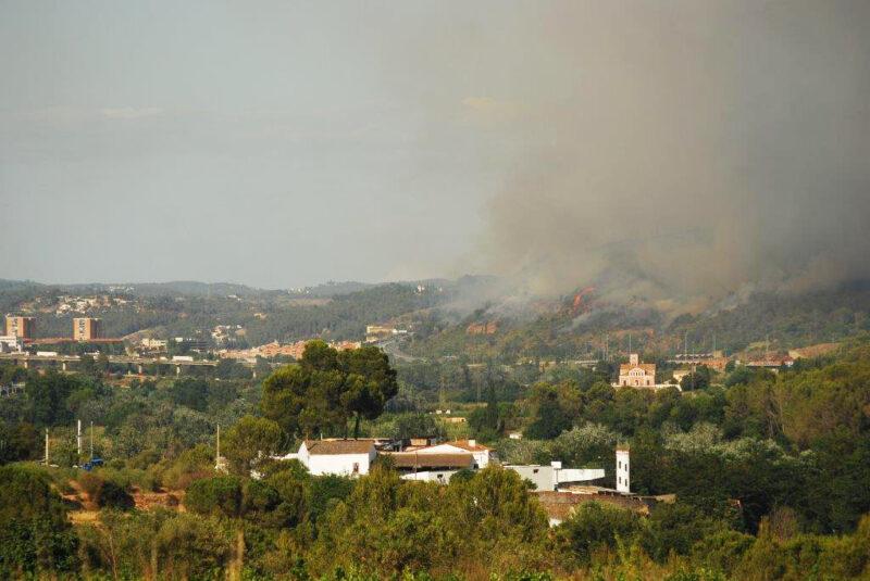 La Bustia vista incendi Castellvi Martorell 13 juliol 2021