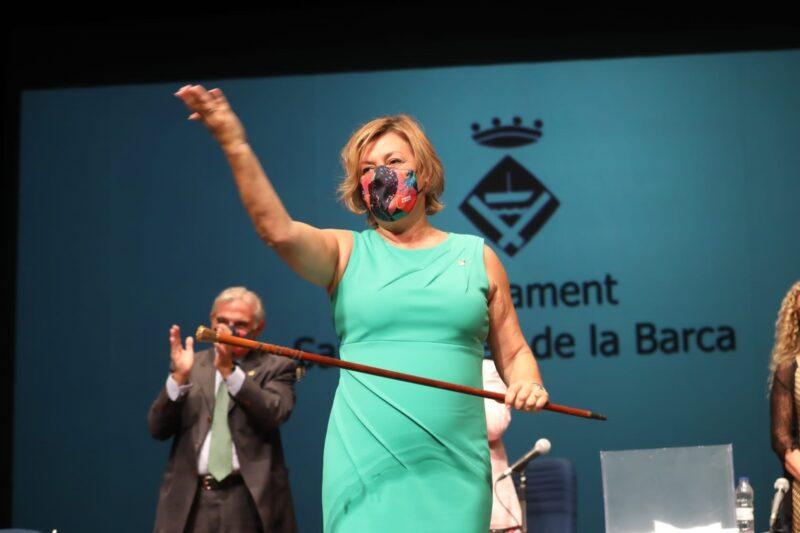 La Bustia Ana Alba investidura alcaldessa Sant Andreu
