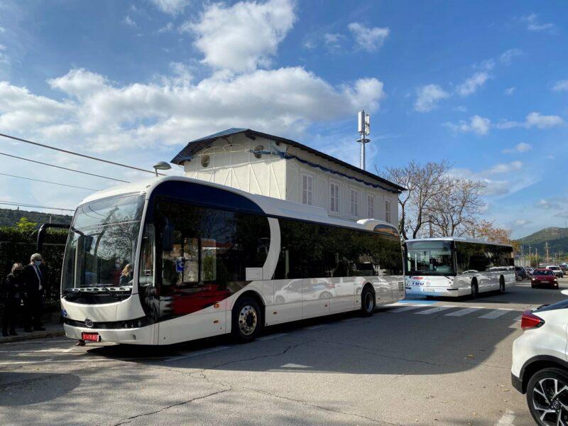 La Bustia autobus electric