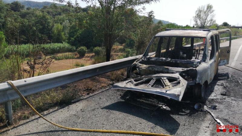 La Bustia incendi vehicle AP7 Martorell