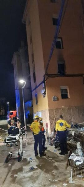 La Bustia incendi pis bloc Sant Bernat Olesa (1)