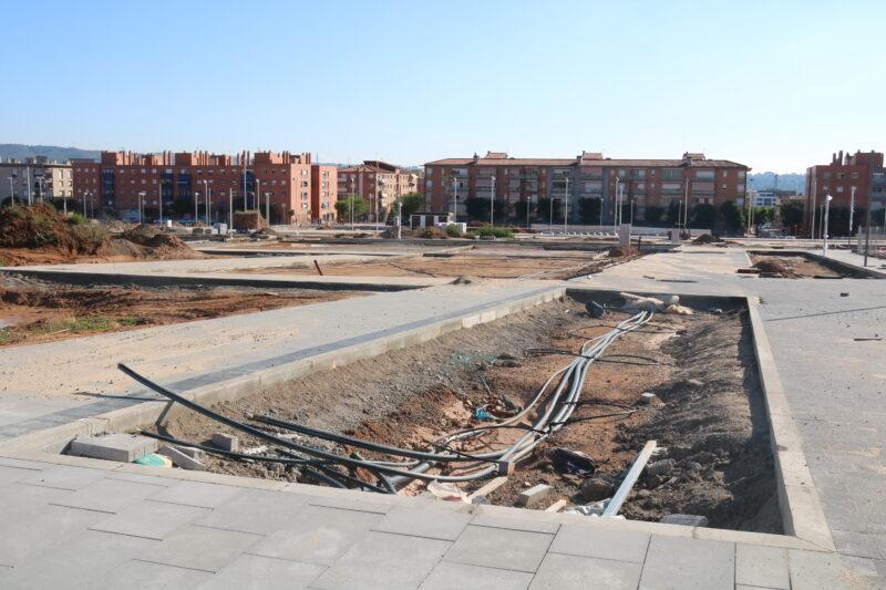 La Bustia primera pedra Edifici Agora La Sinia (8)