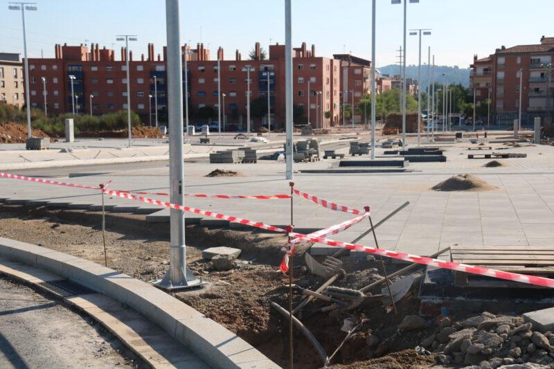 La Bustia primera pedra Edifici Agora La Sinia (9)
