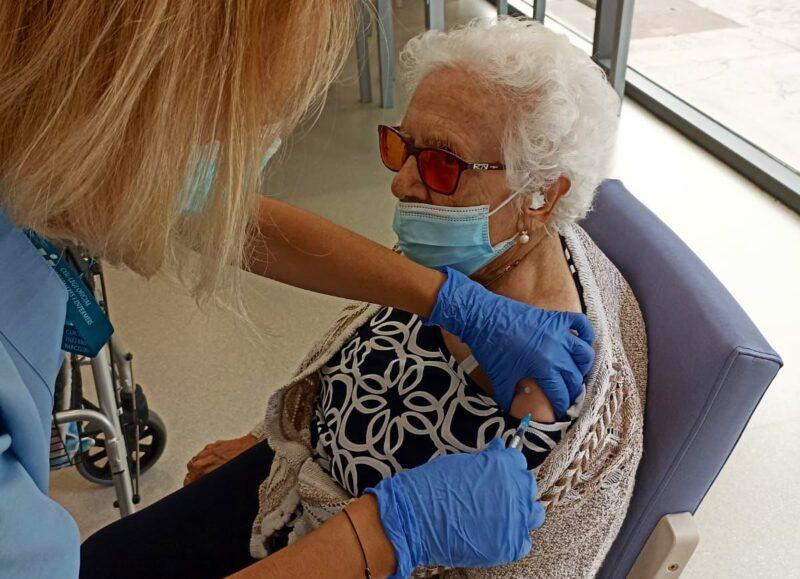 La Bustia vacunacio tercera dosi