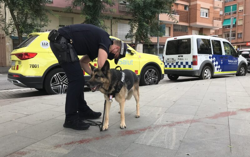 La Bustia kenia acte Policia Local Sant Andreu 1